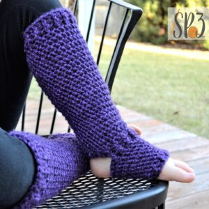 Plum Perfect Footed Leggings – Crochet Pattern