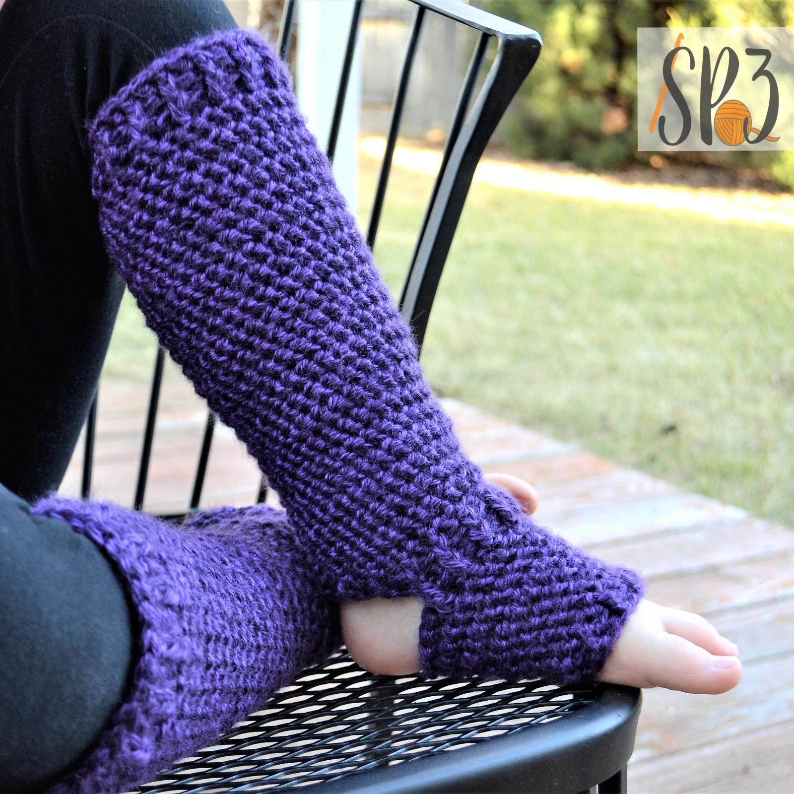 Plum Perfect Footed Leggings – Crochet Pattern
