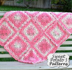 Flower Petal Blanket – Crochet Pattern