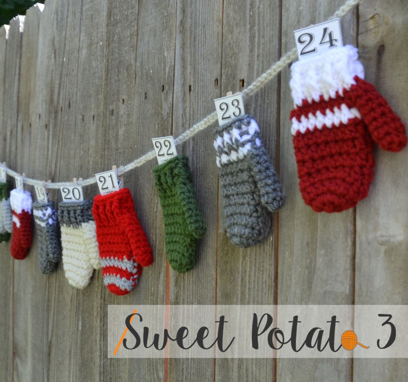 Mitten Bunting & Advent Calendar Crochet Pattern