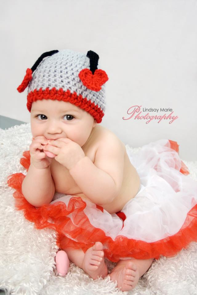 You are currently viewing Love Bug Crochet Hat Pattern {FREE}