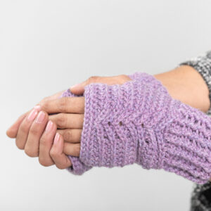 Read more about the article Mountain Peaks Mitts – crochet pattern