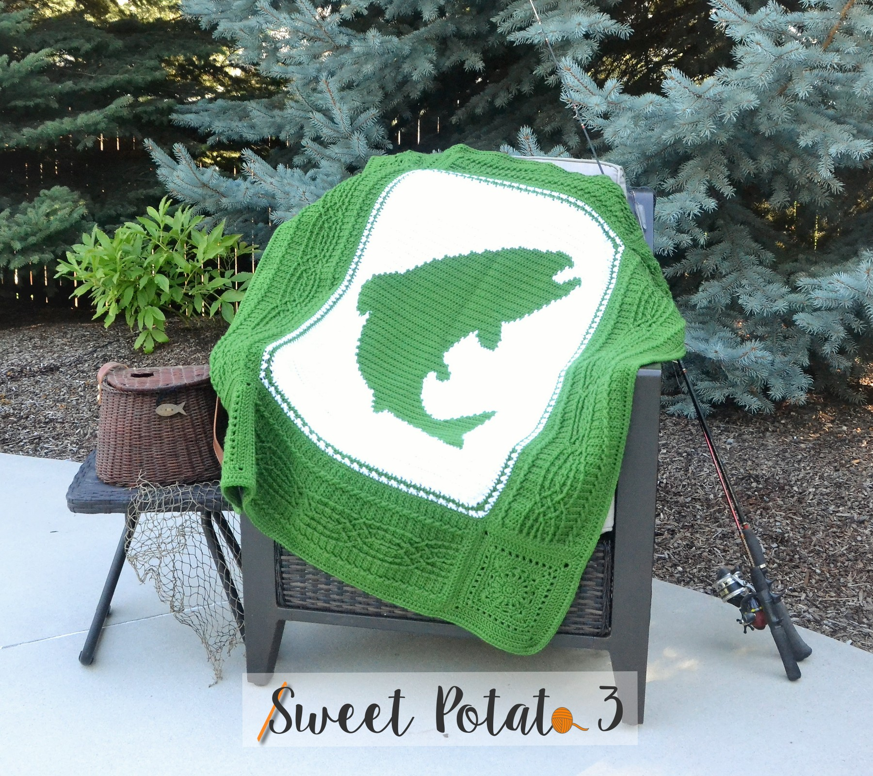 You are currently viewing Fish On Blanket – Crochet Pattern