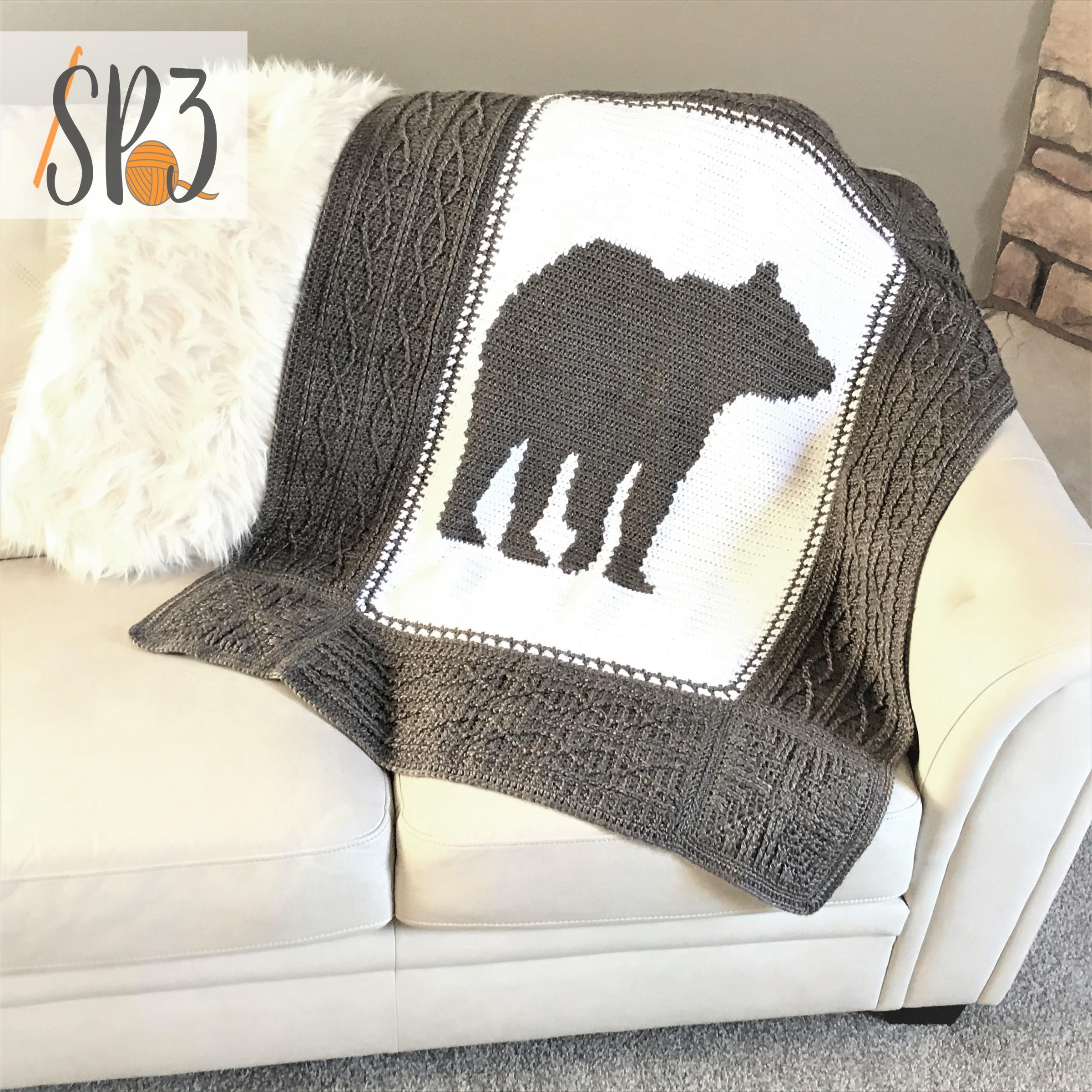 Bear Hug Blanket – Crochet Pattern