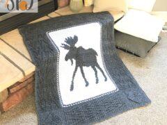 wandering moose blanket