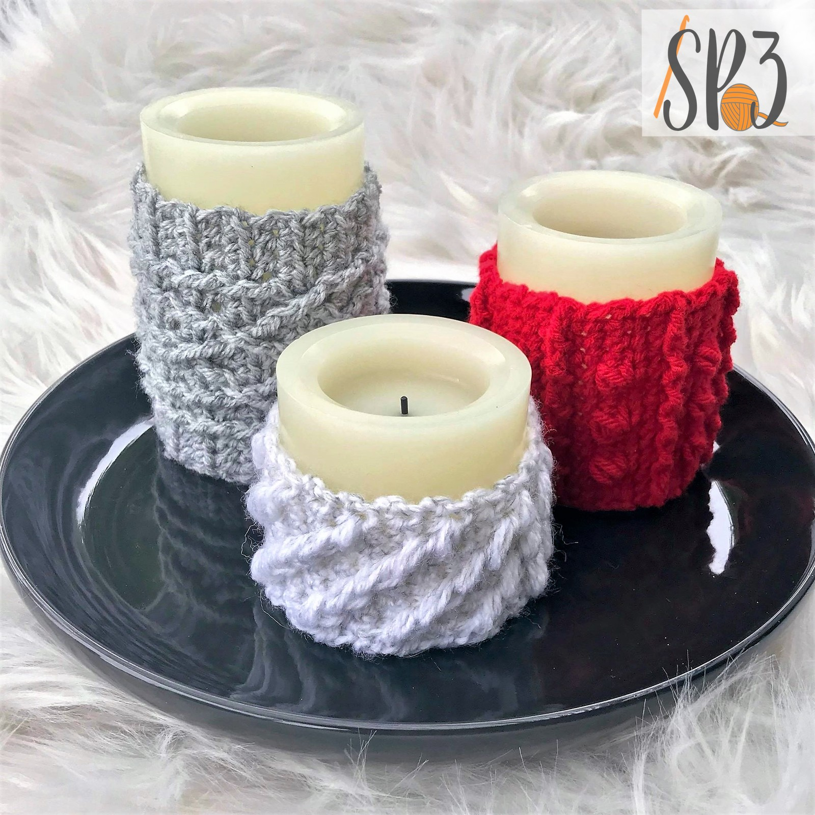 Cabled Candle Wraps – A Home Decor Crochet Pattern