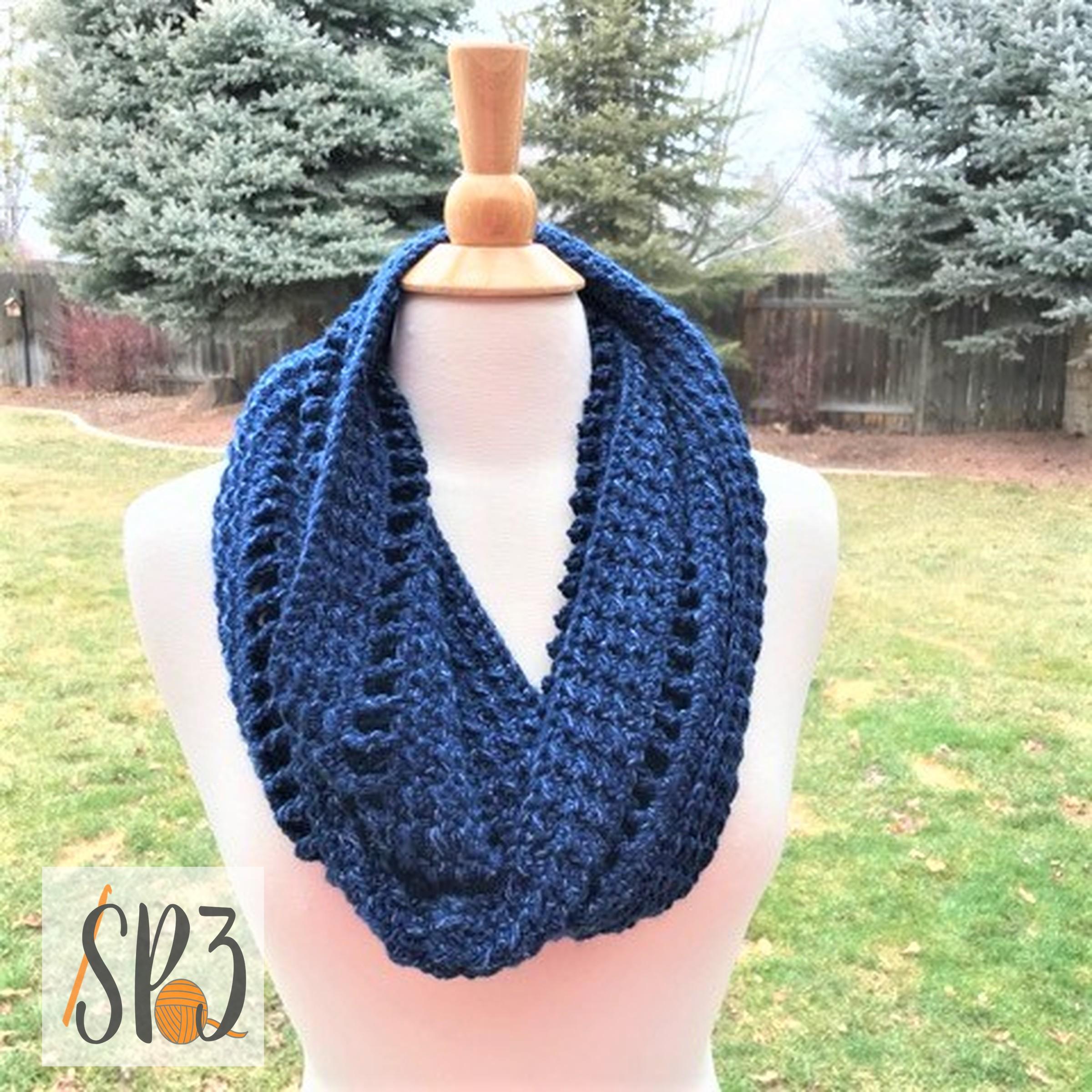 Lovely Ladders Cowl – Crochet Pattern