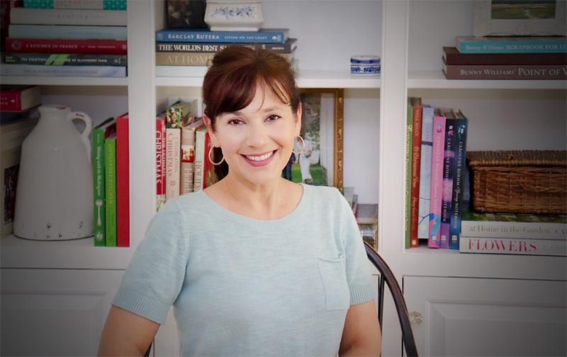 Lisa Mercardo Fernandez, Author