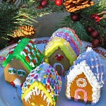 Holiday & Hearth Holiday and Hearth Lisa Novelline Lisa Anne Novelline author writer The Dance of Spring craft blog creative blog creativity decorator blog festival celebration seasons nature blog Winter Christmas Yule yuletide Winter Solstice December yule mini gingerbread houses gingerbread house handcrafted gumdrops peppermint candy sprinkles toppings royal icing homemade template
