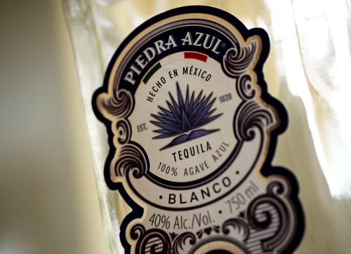 Piedra_Azul_Blanco_Tequila