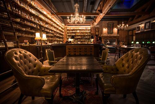 Multnomah_Whiskey_Library
