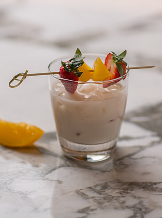 Peaches and Cream cocktail