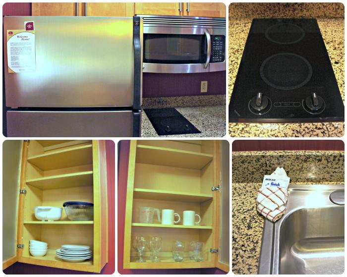 Residence Inn Burbank - Kitchen