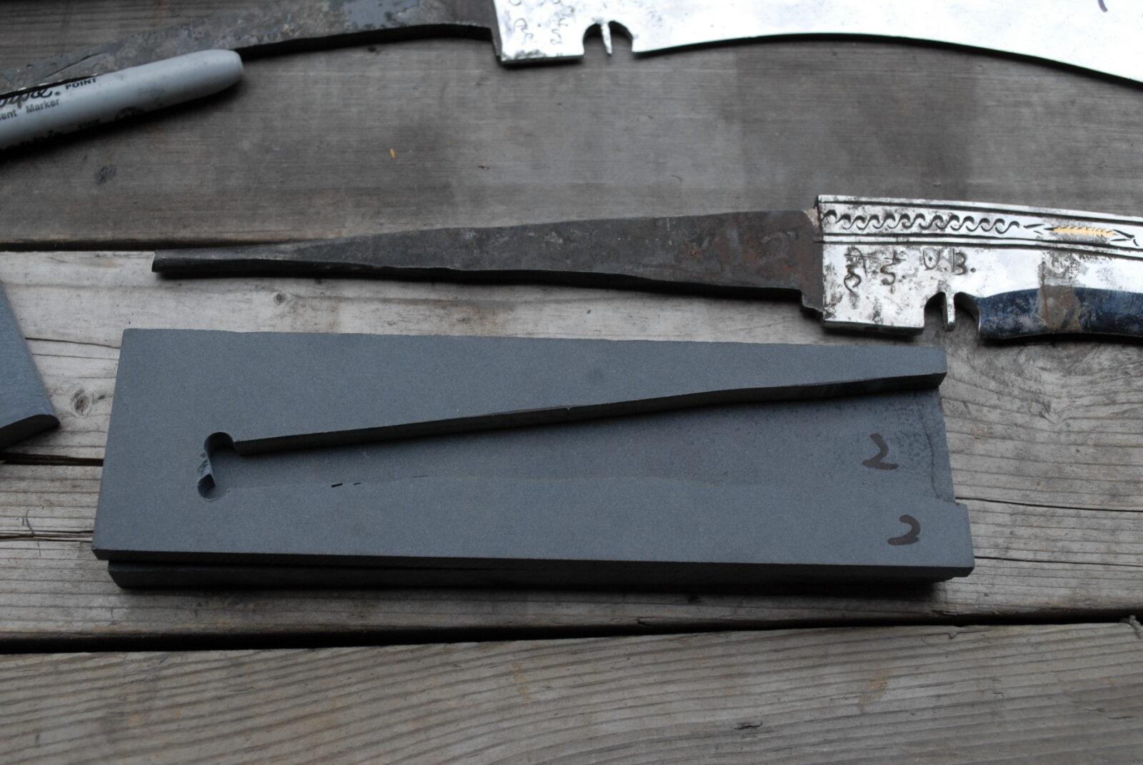 How to make a custom khukuri handle for a rat tang with micarta and epoxy