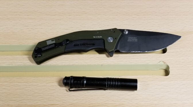 A Kershaw Knockout Knife and Streamlight Microstream LED Light Are In My Pocket These Days