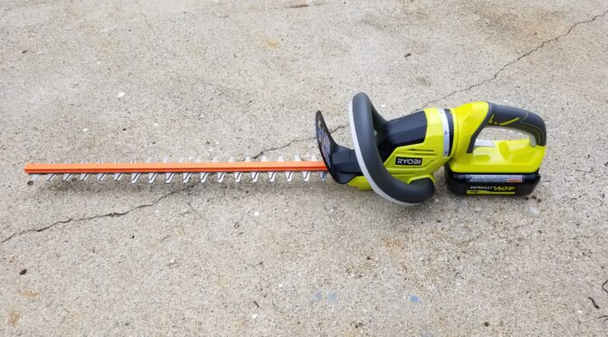 The Ryobi RY40620 24″ 40 Volt Hedge Trimmer Is Excellent – Seriously Portable Cutting Power
