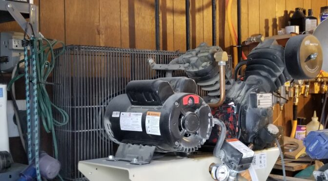 Running Your Garage or Shop Oil Lubricated Air Compressor in Cold Weather – below 32F
