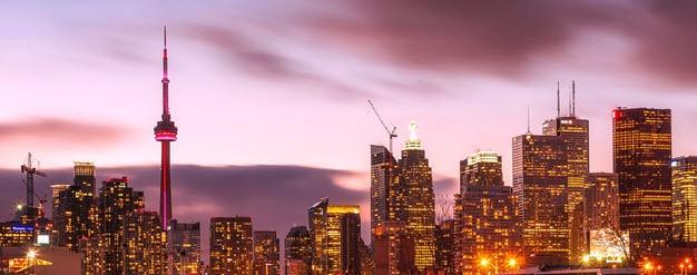 Toronto_night_skyline.jpg