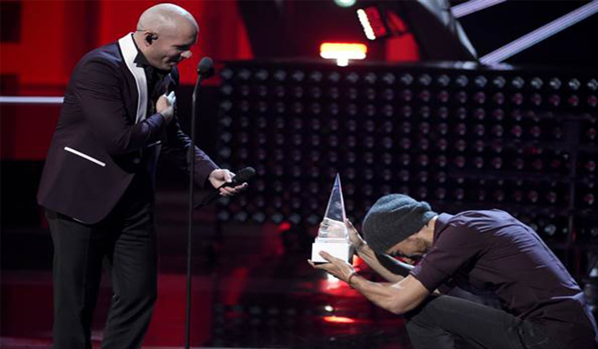 Pitbull Latin American Music Awards www.HustleTV.tv