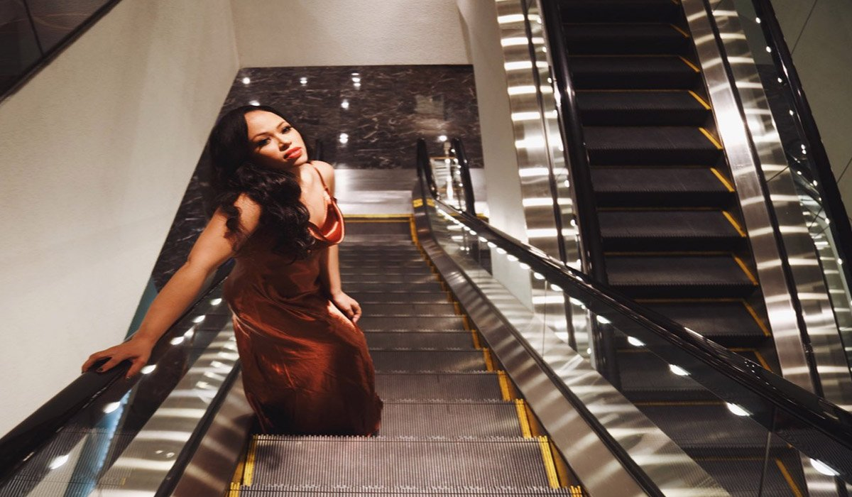 "Elle Varner Returns to Music with ""Casanova"" www.HustleTV.tv Hustle DJ Hustle"