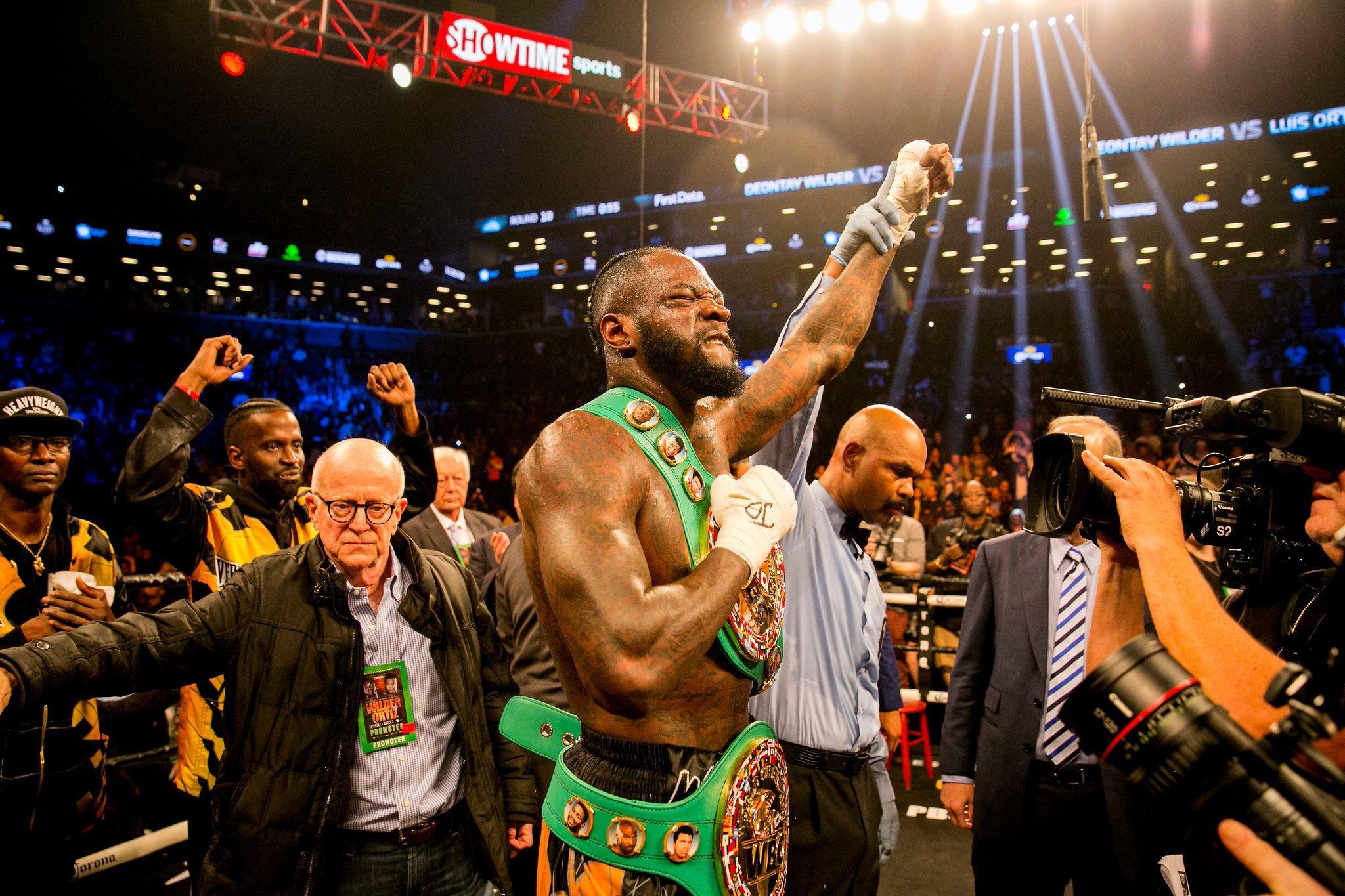Deontay Wilder VS Luis Ortiz 10th Round Knocks Out www.HustleTV.tv Hustle