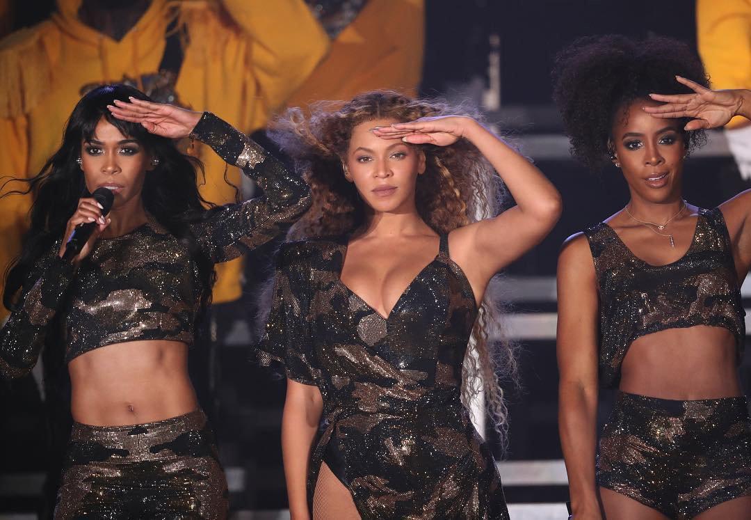 HustleTV.tv Beyonce Brings Out JAY-Z and Destiny's Child At Coachella DJ Hustle