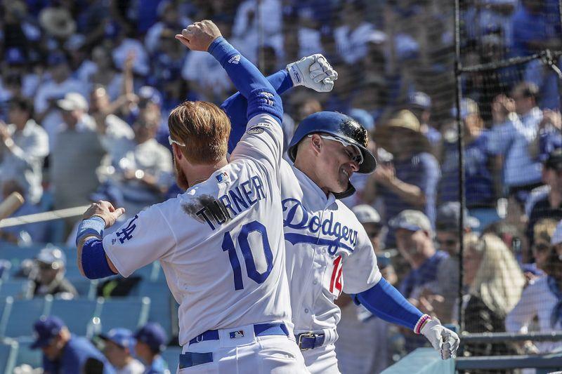 HustleTV.tv Dodgers Give Fans 8 Home Runs Opening Day DJ Hustle