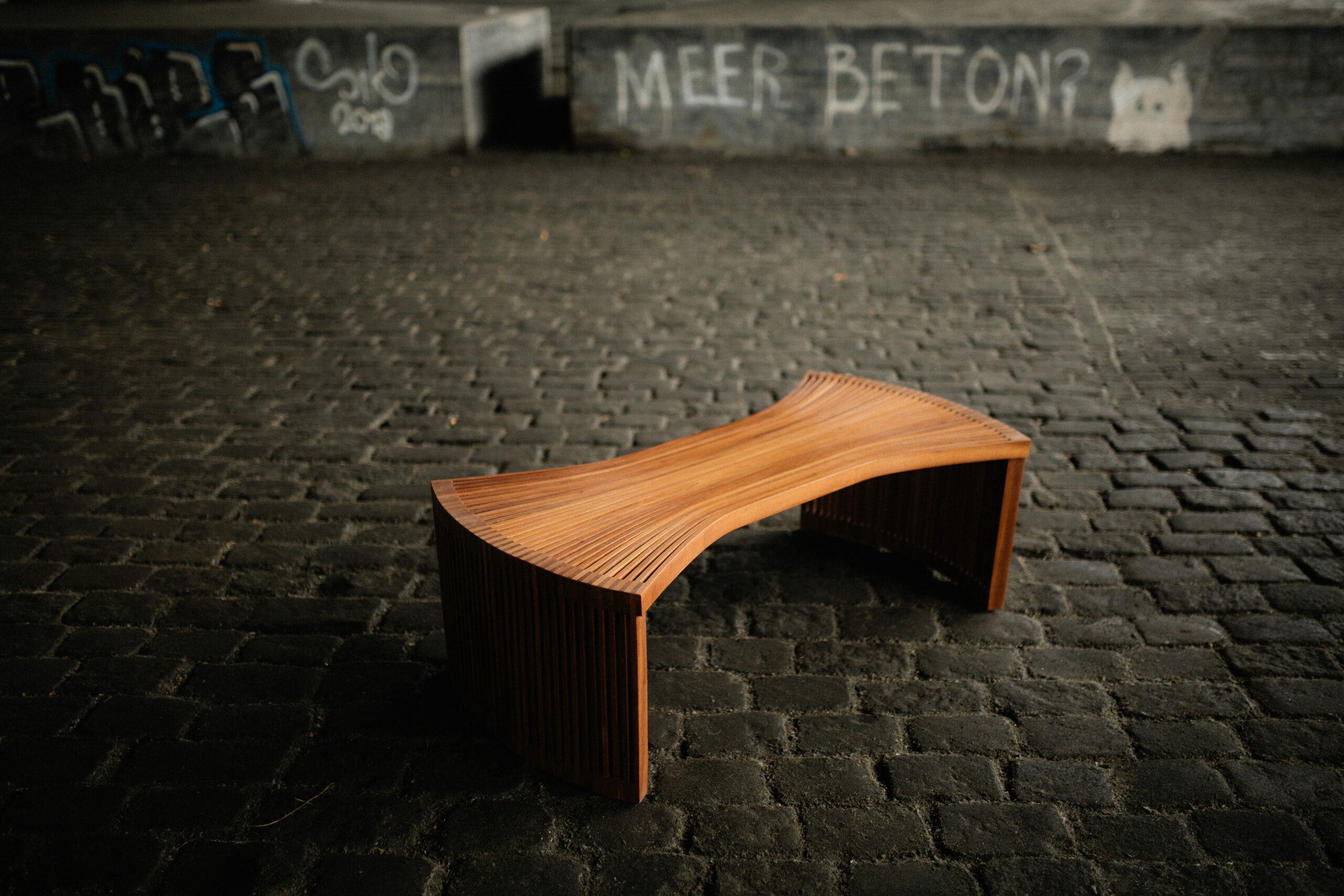 Moja Coffee table