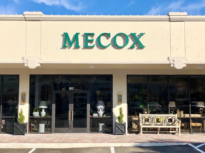 Retail Mecox Storefront Lovers