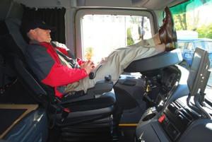 sleeping-trucker