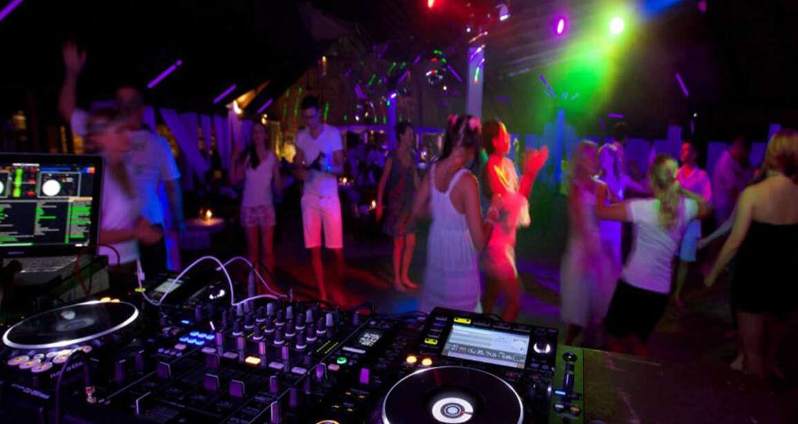 Newport Beach Yacht Party DJ DJ Hustle
