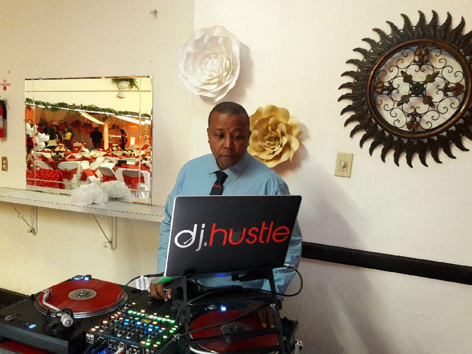 Finding The Perfect DJ Newport Beach  HustleGrind.com DJ Hustle