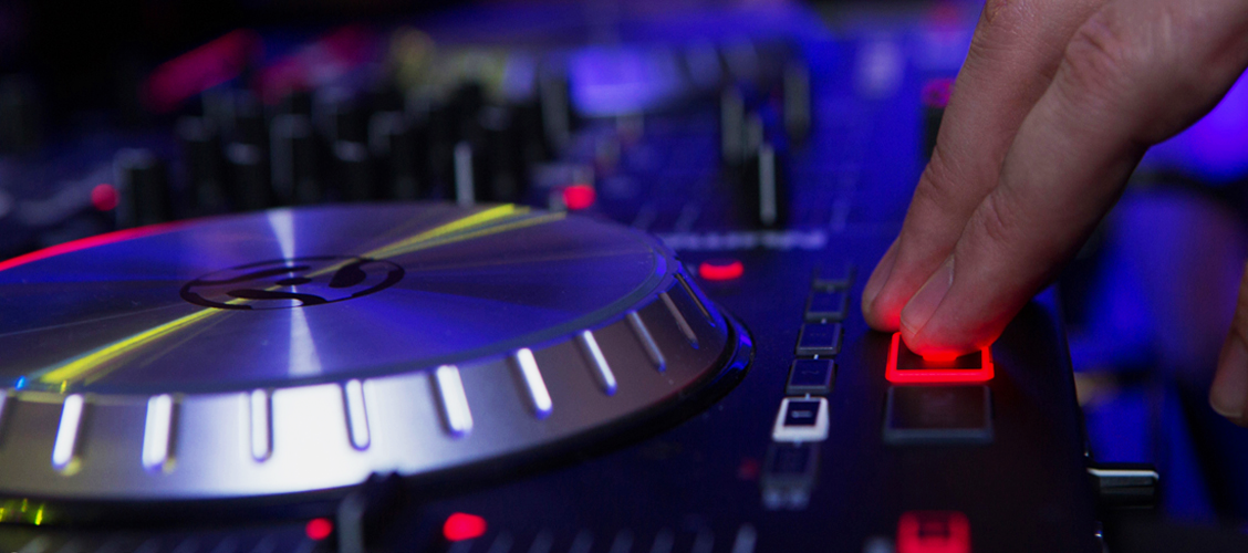 Things to Know Before Hiring an Experienced Los Angeles Bar Mitzvah DJ