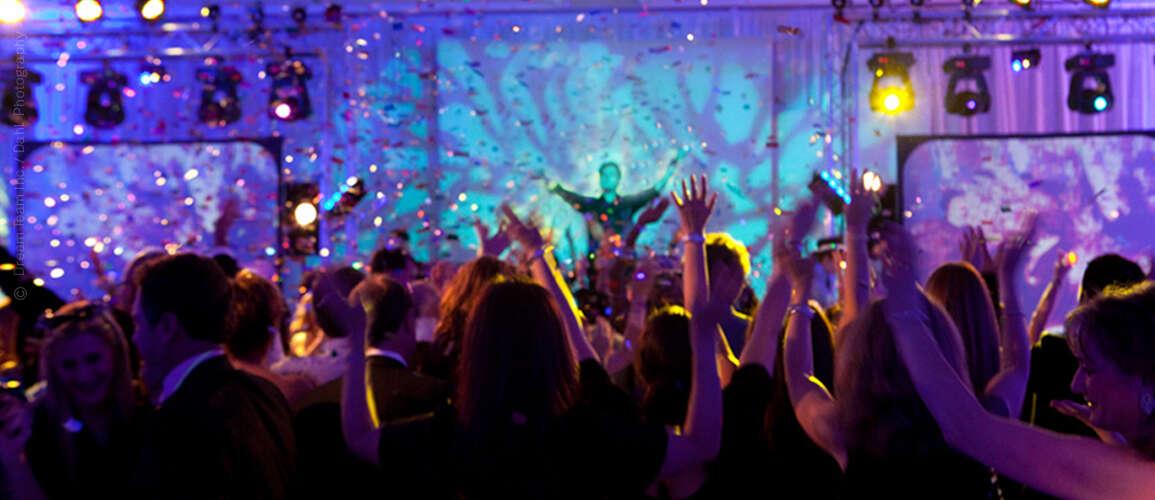 Long Beach DJ Services | Weddings Corporate| Sweet 16's