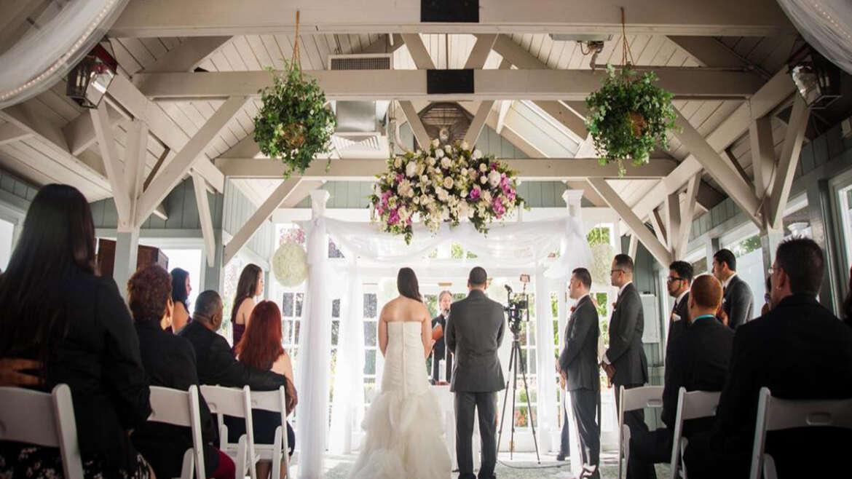 Getting The Perfect Santa Monica Wedding DJ