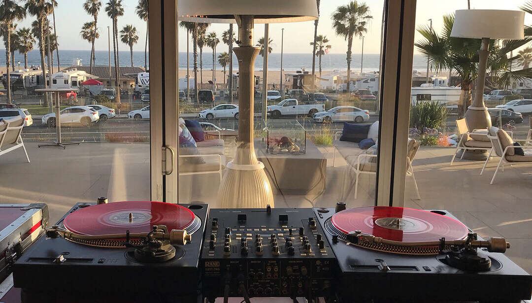 Santa Monica Party DJ