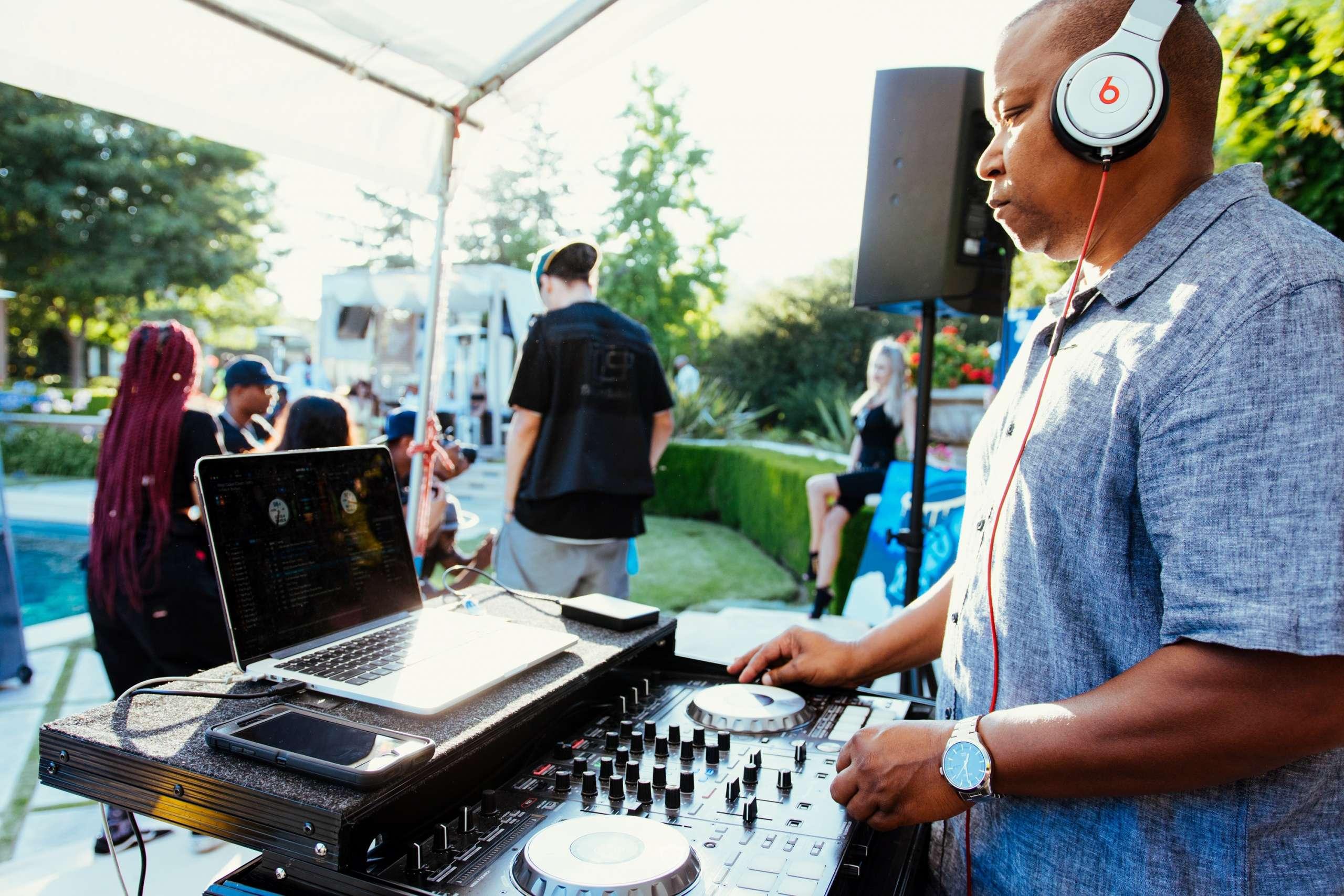 DJ Near Me Hustle Events Entertainment DJ Hustle