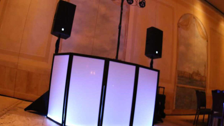 DJ Service in Newport Beach