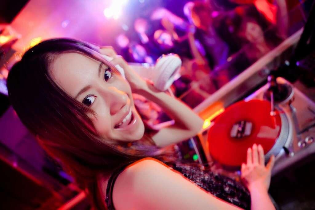 Hustle events entertainment DJ Service The Most Entertaining DJ for Corporate Events Long Beach DJ Hustle