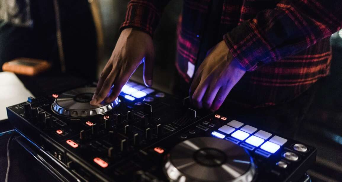 The Best DJ Service in Newport Beach and Southern California