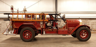 Triple comb. Type 10 fire engine. Ex – Mamaroneck, NY.  Champion chemical tank.