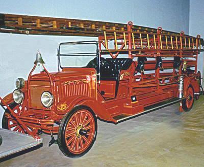 City service ladder truck. Ex – Hartford, WI.