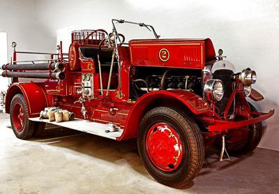 Triple comb. Seagrave Standard fire engine. Ex – Downers Grove, IL