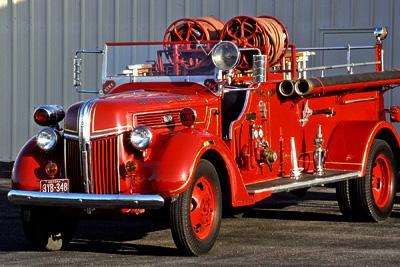 Triple comb. fire engine. ex – Sierra Vista, AZ