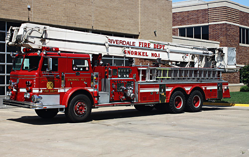 Snorkel Fire Engine Munster, IN and Riverdale, IL