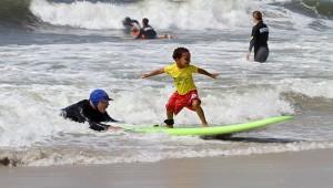 Young_NY_Surfer_skudinsurf