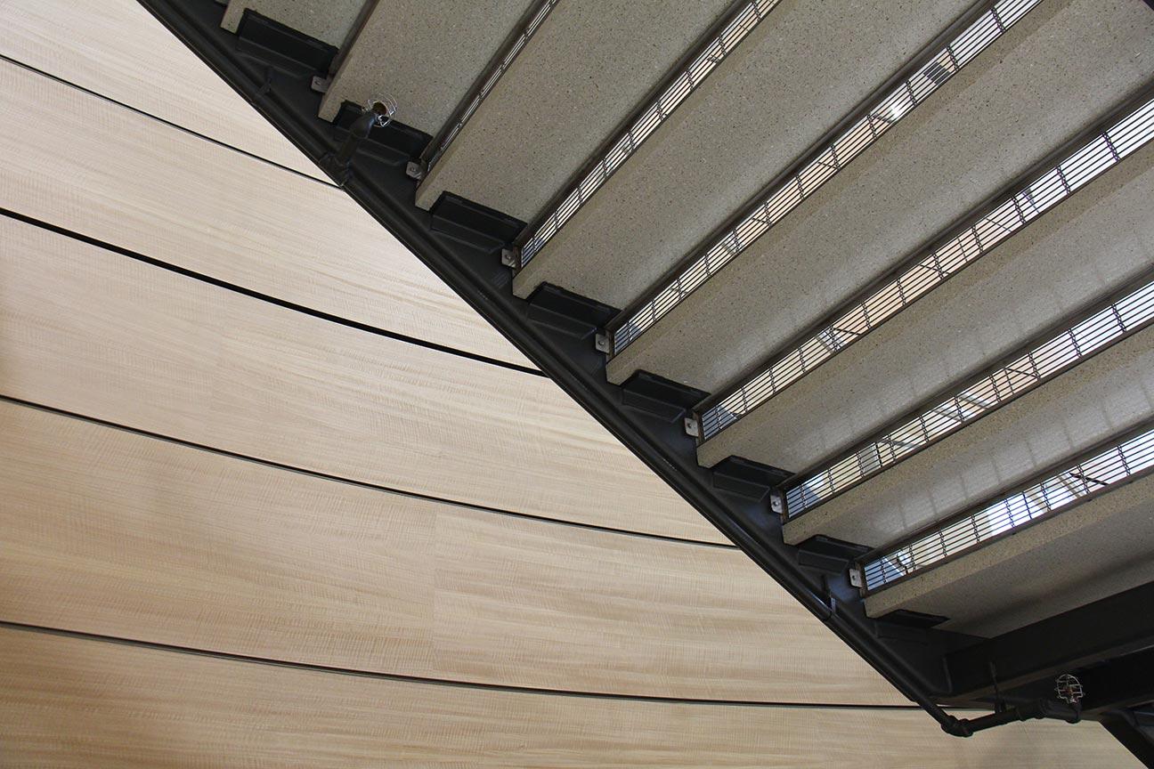 egress steel stair risers