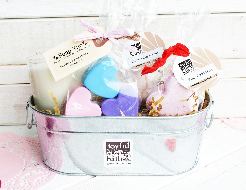 Heart's Delight Bath Set, $40 @joyfulbathco.com