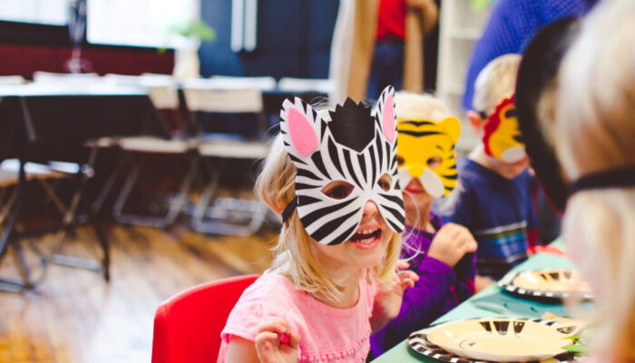 Deluxe zoo-themed party at Tiny Town