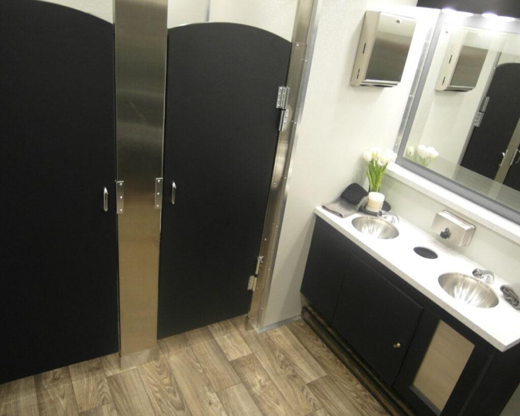 10 Stall Restroom Trailer for Weddings